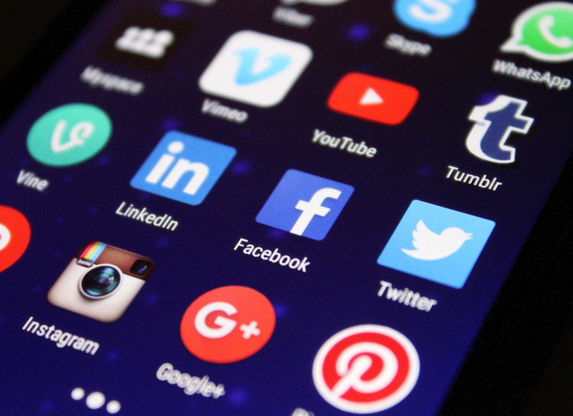 Top 5 Social Media Marketing Tips to Dominate 2021